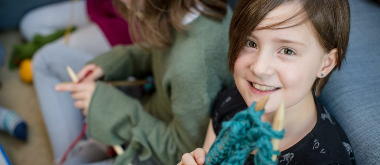 FREE! Kids Learn-to-Knit Online Course